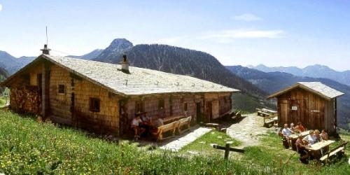 Foto: Kloiber Gabi / Wander Tour / Rundwanderung Ellmautal-Almensteig von Alm zu Alm / Weißalm, 1.724 m  / 27.08.2007 15:49:17