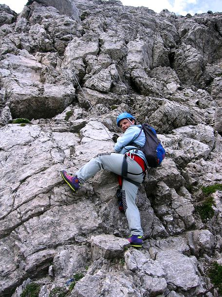 Foto: Andreas Koller / Klettersteig Tour / Karhorn - Klettersteig (2416 m) / Steiler Aufschwung knapp unterhalb des Gipfels / 30.08.2007 02:38:31