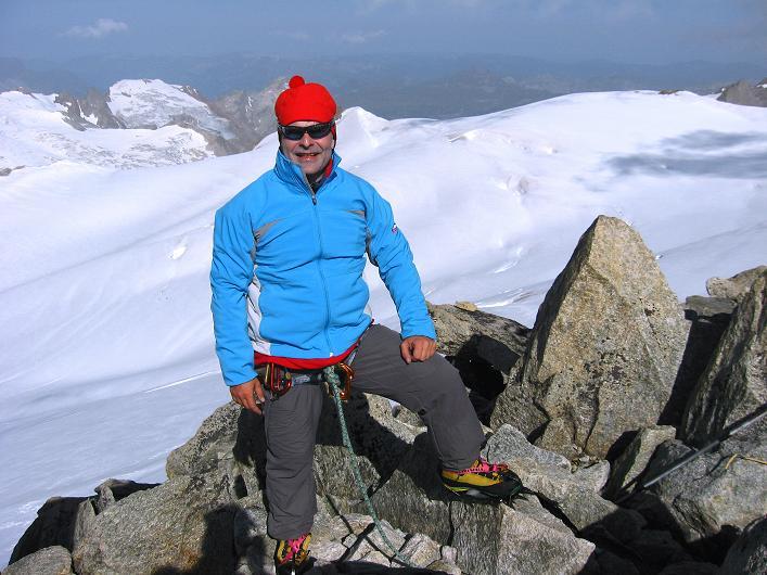 Foto: Andreas Koller / Wander Tour / Dammastock (3630m) - Hauptgipfel der Urner Alpen / Am Dammastock / 30.08.2007 04:47:46