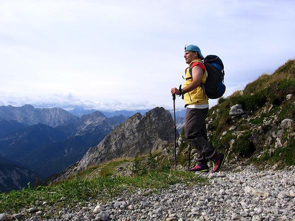 Foto: Andreas Koller / Klettersteig Tour / Karwendel- und Mittenwalder Klettersteig (2384m) / Anstieg aus der Karwendelgrube zu den Klettersteigen / 31.08.2007 23:18:41