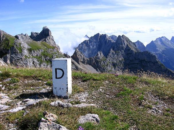 Foto: Andreas Koller / Klettersteig Tour / Karwendel- und Mittenwalder Klettersteig (2384m) / Die Südliche Linderspitze im Grenzkamm / 31.08.2007 23:12:53