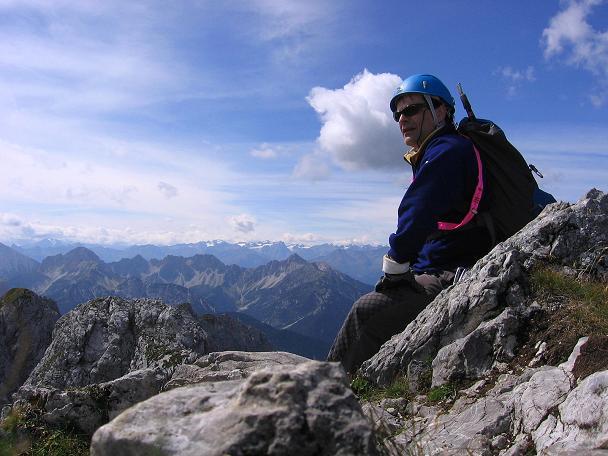Foto: Andreas Koller / Klettersteig Tour / Karwendel- und Mittenwalder Klettersteig (2384m) / Rast auf der Sulzleklammspitze / 31.08.2007 23:10:33