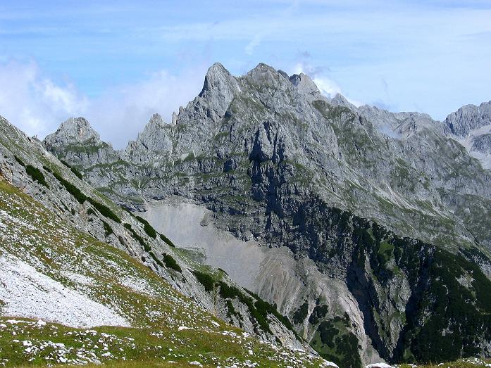 Foto: Andreas Koller / Klettersteig Tour / Karwendel- und Mittenwalder Klettersteig (2384m) / Schroffe Karwendelgipfel / 31.08.2007 23:09:05