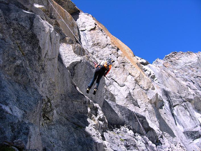Foto: Andreas Koller / Wander Tour / Über den SO-Sporn auf den Galenstock (3586m) / Perfekte Abseiltechnik / 01.09.2007 13:13:13