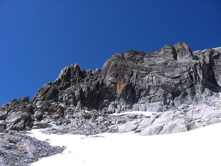Foto: Andreas Koller / Wander Tour / Über den SO-Sporn auf den Galenstock (3586m) / Die Galengrat S-Wand = Abseilpiste / 01.09.2007 13:12:53