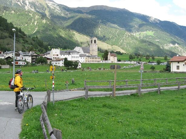 Foto: mucho / Mountainbike Tour / Stilfser Joch Runde Umbrail Stelviobike / Müstair / 02.09.2007 08:25:52