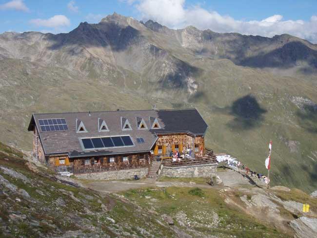 Foto: Grasberger Gerhard / Wander Tour / Über den SO-Grat Klettersteig auf die Kristallwand 3310m / Badener Hütte / 03.09.2007 13:49:40