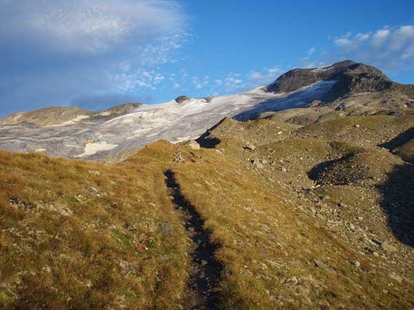 Foto: Grasberger Gerhard / Wander Tour / Über den SO-Grat Klettersteig auf die Kristallwand 3310m / Kristallwand (Rechts) / 03.09.2007 13:50:46