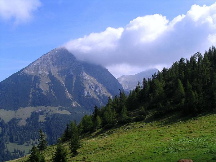 Foto: Andreas Koller / Klettersteig Tour / Wildfrauensteig von der Ardningalm (1992 m) / Blick vom Arlingsattel auf den Großen Pyhrgas (2244 m) / 03.09.2007 20:11:23