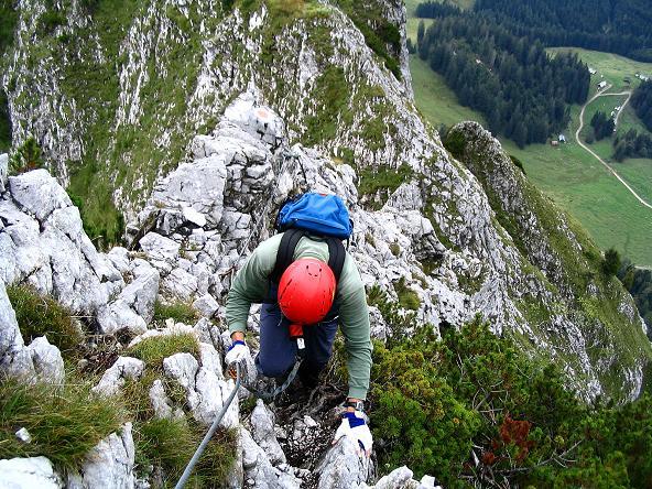 Foto: Andreas Koller / Klettersteig Tour / Wildfrauensteig von der Ardningalm (1992 m) / Am luftigen O-Grat / 03.09.2007 20:09:37