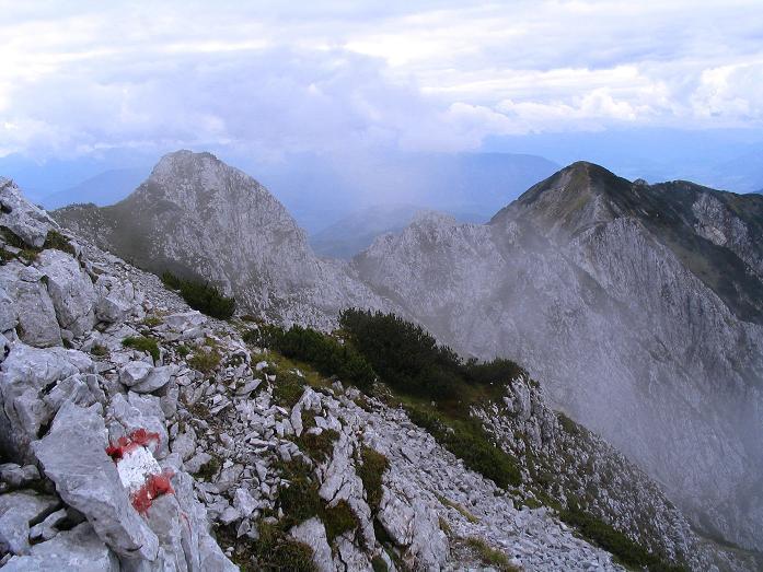 Foto: Andreas Koller / Klettersteig Tour / Wildfrauensteig von der Ardningalm (1992 m) / Der W-Grat vom Bosruck zum Kitzstein / 03.09.2007 20:04:15