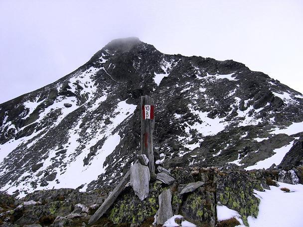 Foto: Andreas Koller / Wander Tour / Großer Moosstock (3061 m) / Der Moosstock mit dem Anstiegsgrat von rechts / 10.09.2007 03:09:48
